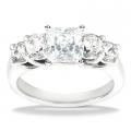Eva White Gold Diamond Ring